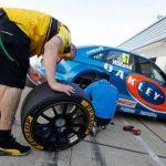 racing car ttre